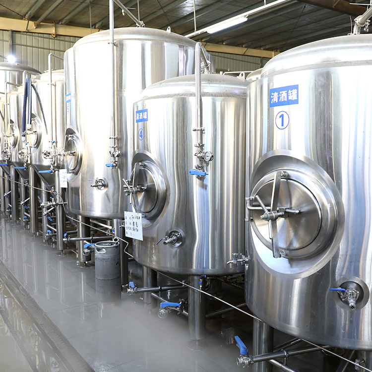 What are the suggestions for using malt in beer production equipment?