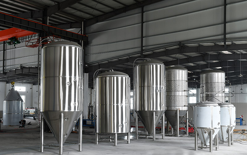 Daily cleaning and maintenance steps of beer production equipment